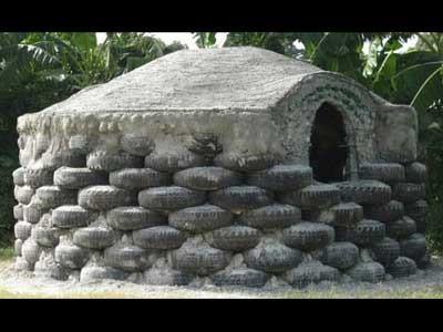 Ерсшип - строительство домов из авто шин. Стройка в Гаити