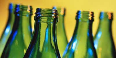 Стеклянная бутылка. Поделки из стеклянных бутылок.