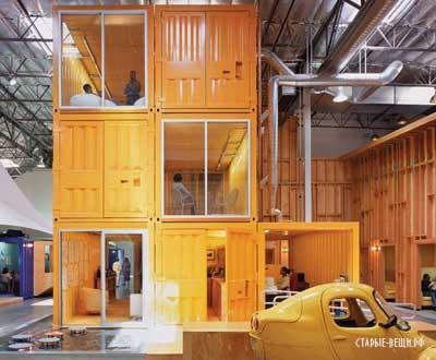 Офис из контейнеров и палаток