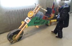 Деревянные экспонаты музея мотоциклов  г Ирбит
