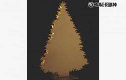 Простая елка из пенопласта.