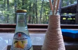 Карандашница из бутылки и шпагата