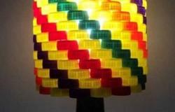 Настольные лампы из пластиковых пробок