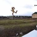 neobichnie_skulpturi_na_ulicax_gorodov_02.jpg