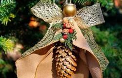 Новогодние игрушки из шишек на елку