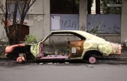 Декорация брошенных машин