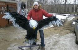 Орел  из покрышек