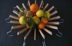 Вазы для фруктов из вешалок
