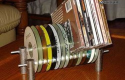 Стойка для CD дисков из.. старых CD