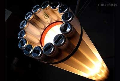 Светильник из газоразрядных ламп