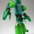 roboti_iz_plastikovix_butilok_10.jpg.jpg
