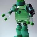 roboti_iz_probok_ot_plastikovykh_butylok_1.jpg