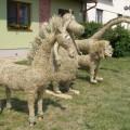 skulpturi-iz-solomi-i-sena-15.jpg