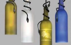 Стильные светильники из стеклянных бутылок