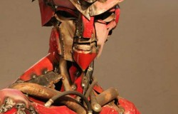 Скульптуры из старых вещей. Робот из Лада Самара.