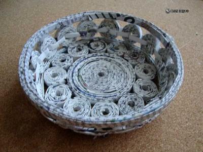 Декоративная ваза из скрученных колечек