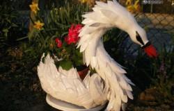 Вазон-лебедь для сада МК