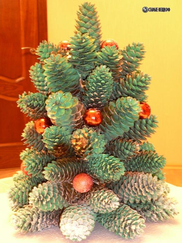 Сделай сам елку из шишек