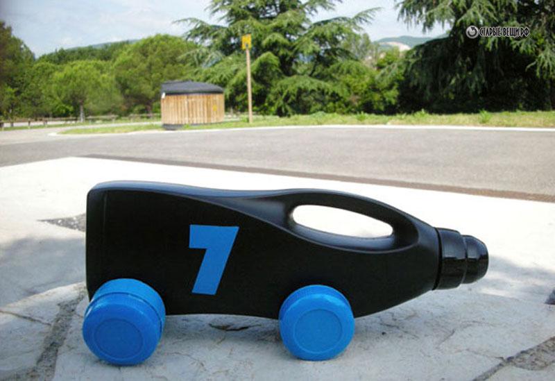 Машина из бутылки своими руками фото