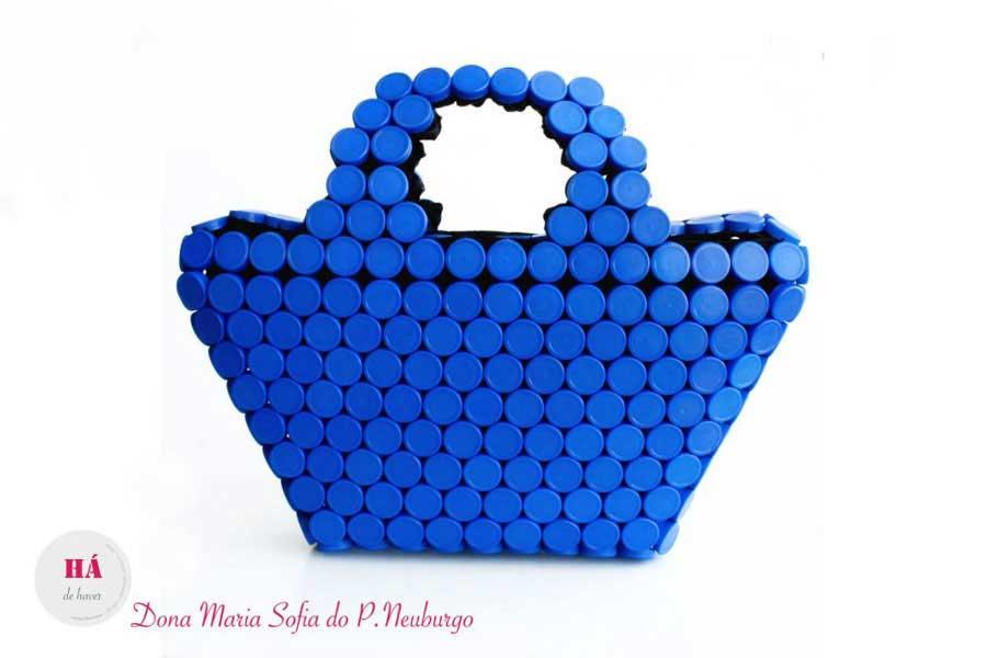 Корзинки из крышек от пластиковых бутылок своими руками фото 99