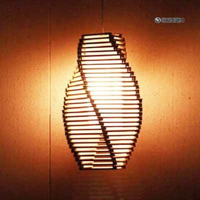 svetilnik-iz-karandashey-1.jpg
