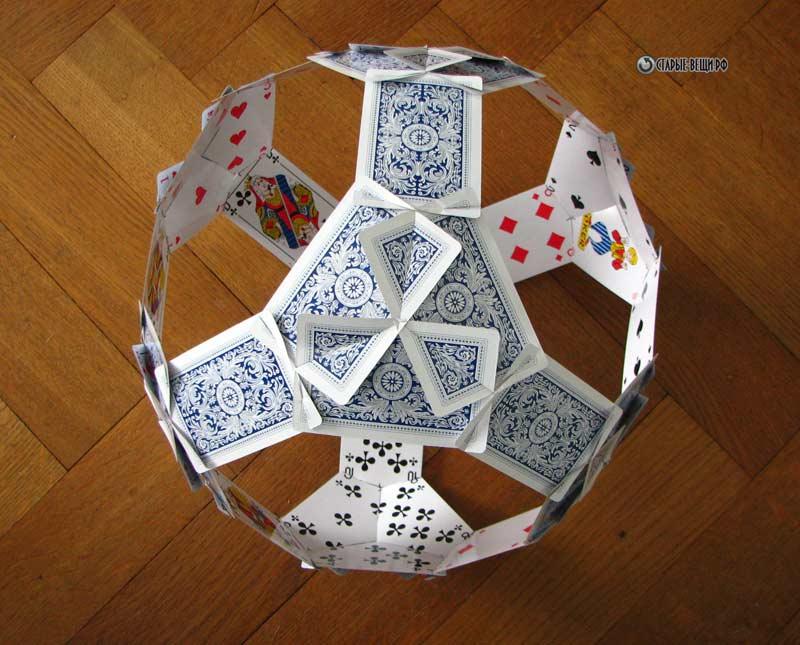 Поделка из игральных карт 7