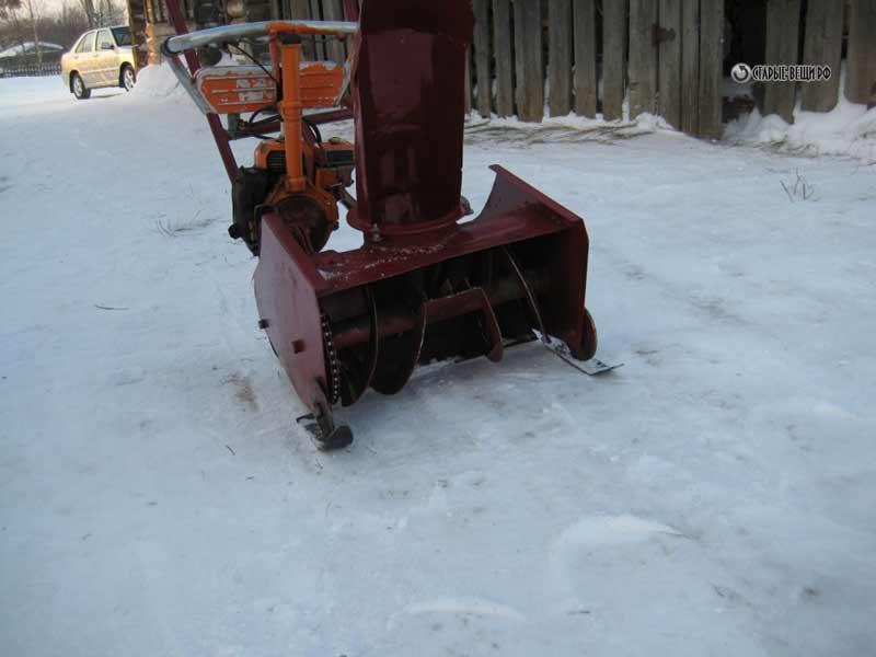Снегоуборочные машины из бензопилы своими руками 11