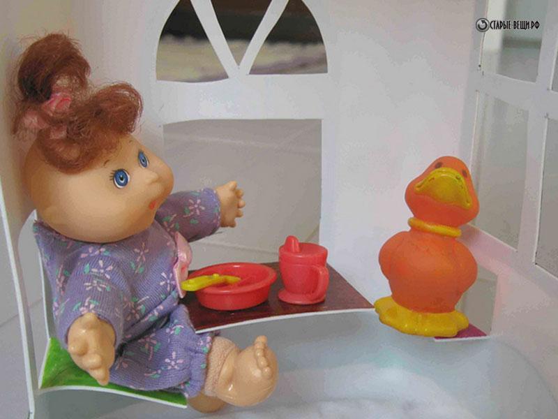 Кукольный домик из пластиковых бутылок своими руками