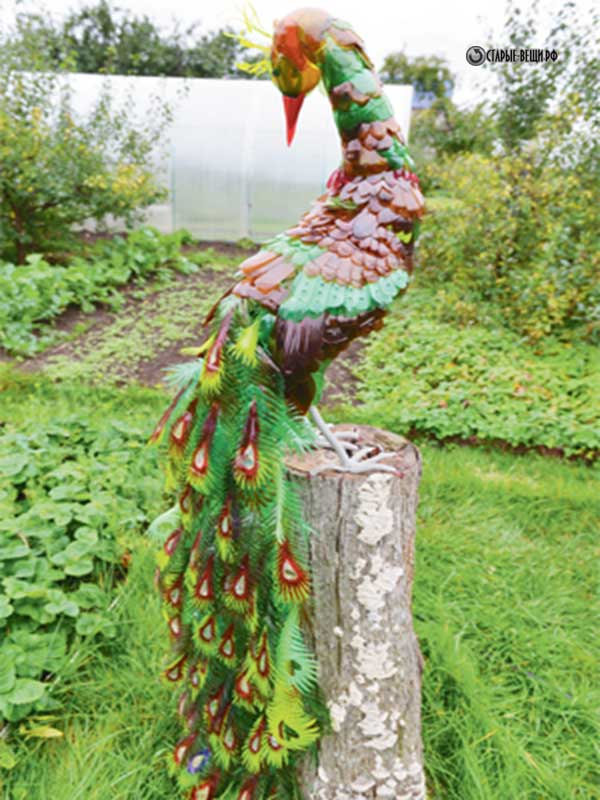 Поделки из пластиковых бутылок для сада и огорода павлин 13