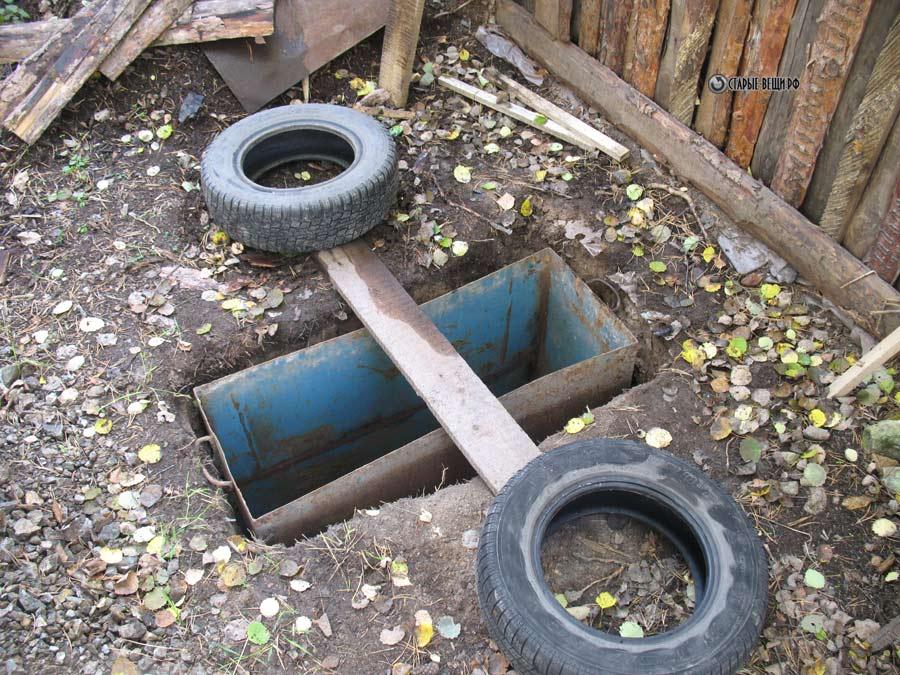 Как выкопать туалет на даче своими руками видео