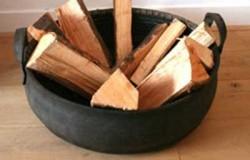 Корзина для дров из старых резиновых покрышек