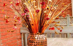 Декор  вазы для цветов  монетами
