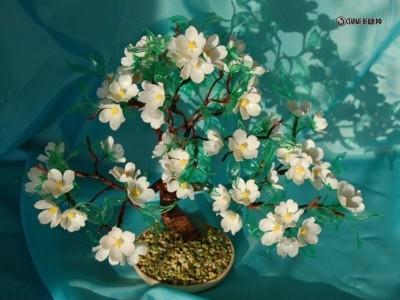 Цветочные деревья из пластиковых бутылок Галии Петровой