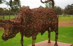 Скульптуры  из гаечных ключей от художника Джона Пикколи
