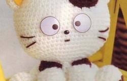 Котенок - игрушка из пряжи крючком