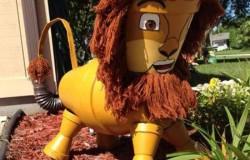 Лев для сада из цветочных горшков МК