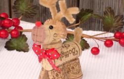 Рождественский олень из винных пробок МК