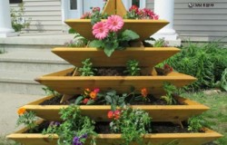 Сборная многоярусная клумба для сада