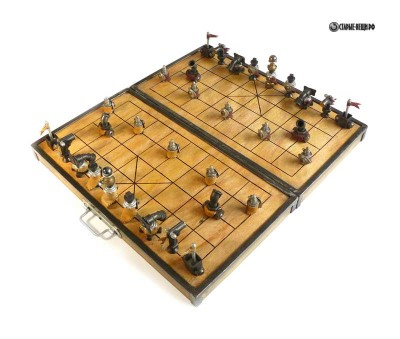 Шахматные фигуры своими руками из старых вещей.