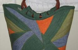 Цветные сумки из старых джинсов