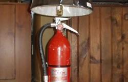 Светильник из огнетушителя