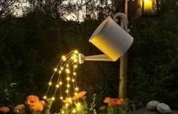 Светильник из подручных материалов и гирлянды