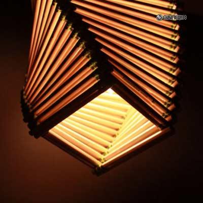 svetilnik-iz-karandashey-3.jpg